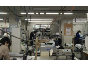 日本工人工作照片